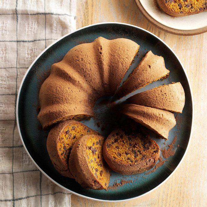 Hot Chocolate Pumpkin Cake Exps Sdon16 196389 C06 02 2b 1