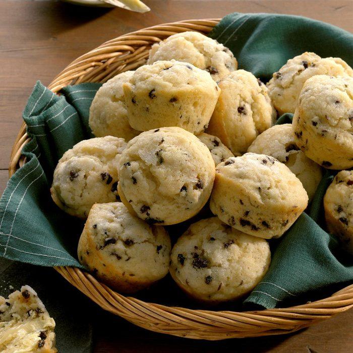 Irish Soda Bread Muffins Exps Tohfm19 32056 B09 24 5b 10