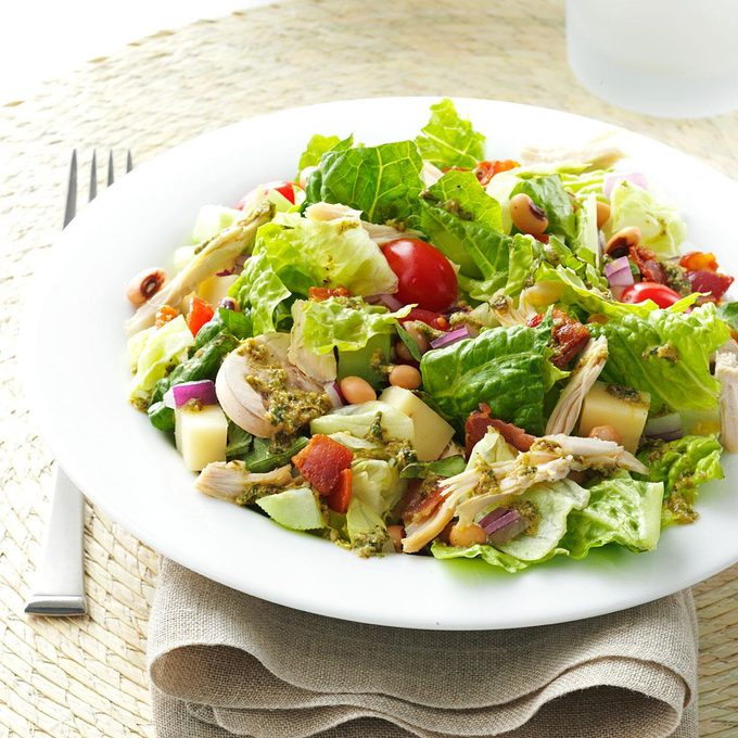 Italian Chopped Salad With Chicken Exps86797 Sd2847494d02 07 2bc Rms 2
