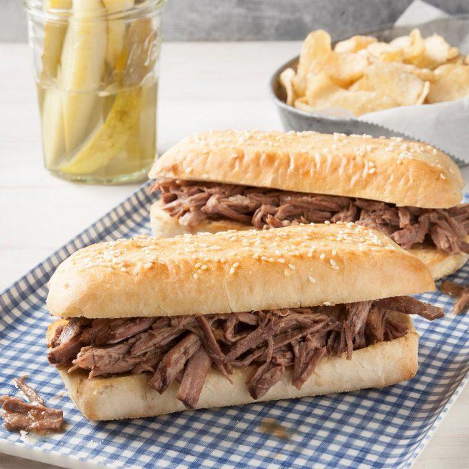 Italian Shredded Beef Sandwiches Exps Ft19 150086 F 0828 1 3