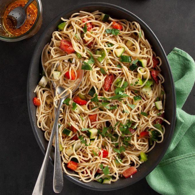 Italian Spaghetti Salad Recipe Exps Ft20 10512 F 0804 1 1