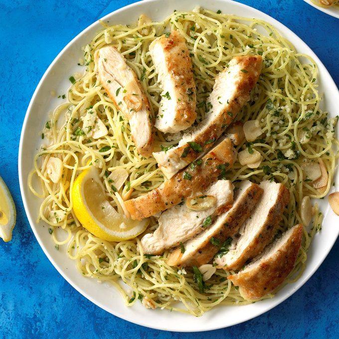 Lemon Chicken Pasta Exps Cf2rds18 135063 C01 09 1b 2