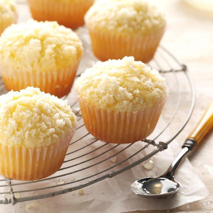 Lemon Crumb Muffins Exps Mcsmz17 40157 C01 06 2b 5