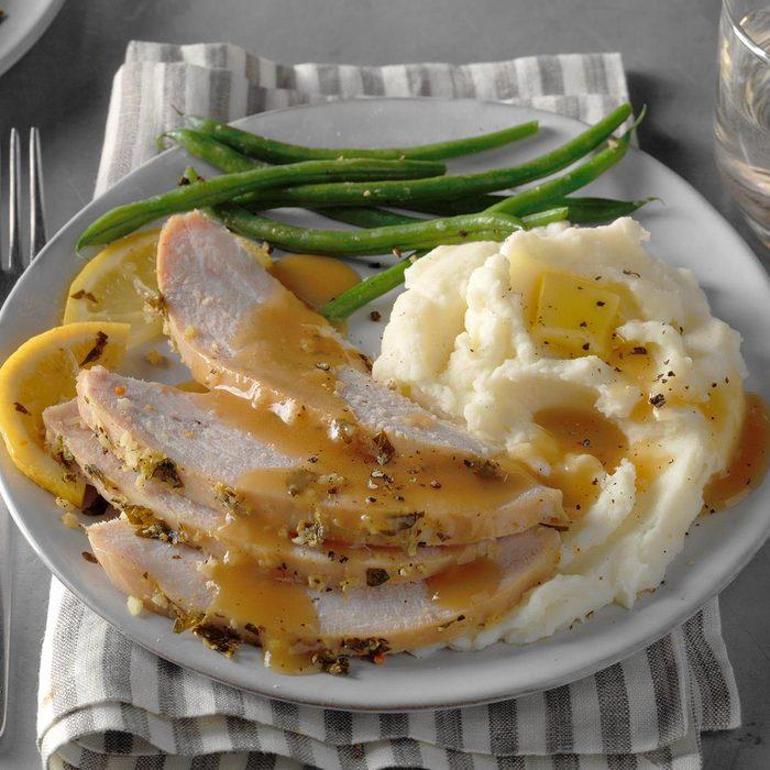 Lemon Garlic Turkey Breast Exps Qebz20 161052 B01 28 5b 5