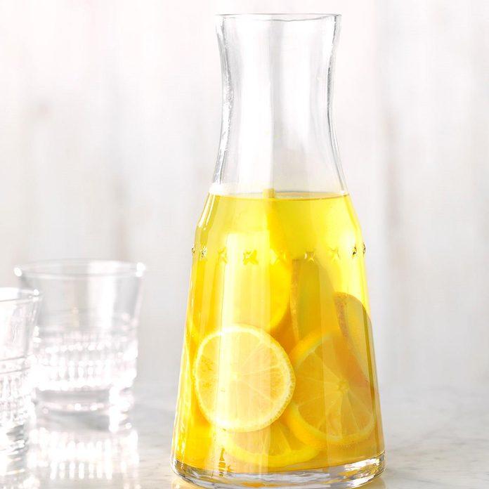 Lemon Ginger And Turmeric Infused Water Exps Jmz18 224886 C03 07 10b 1