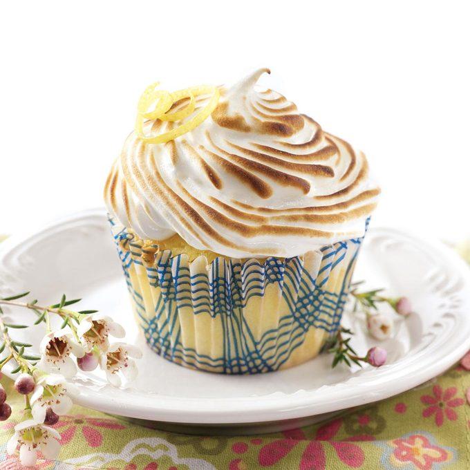 Lemon Meringue Cupcakes Exps46775 Cw2376963a12 19 1bc Rms 2