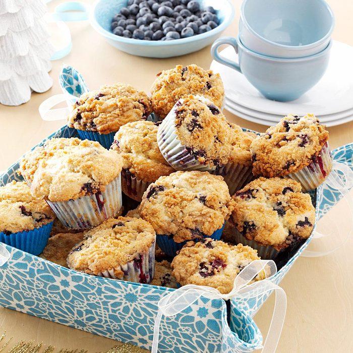 Lemon-Streusel Blueberry Muffins
