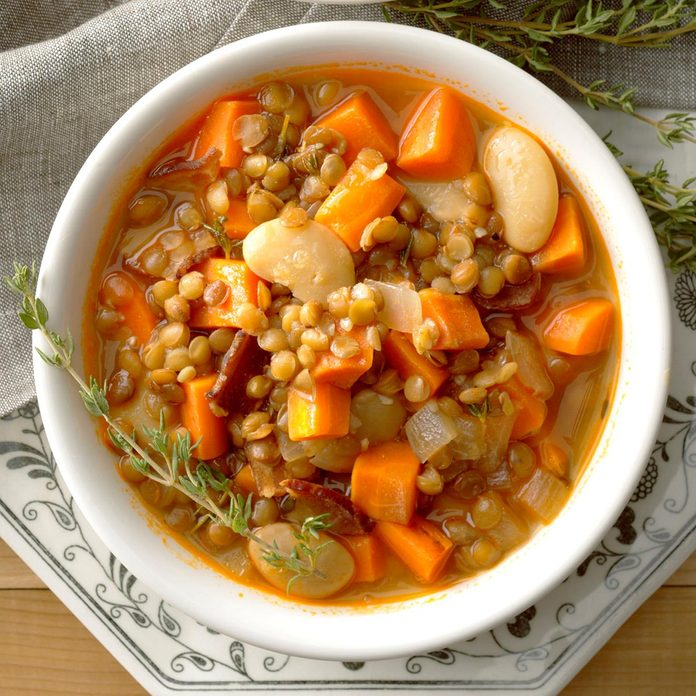 Lentil Bacon And Bean Soup Exps Thd17 189306 B08 11 3b 2
