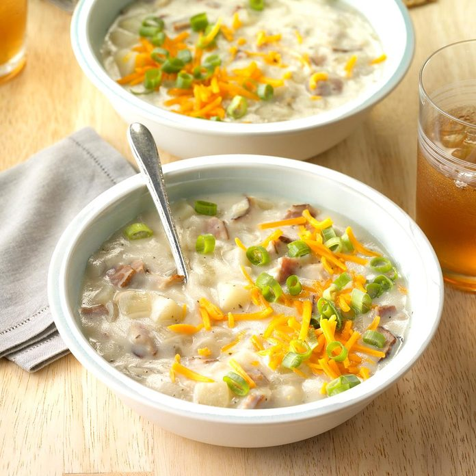 Loaded Baked Potato Soup Exps Hscbz17 41010 C07 27 4b 4