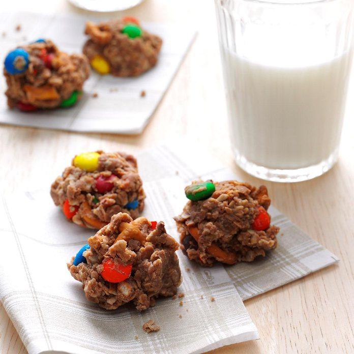 M&M & Pretzel Cookies