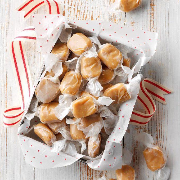 Macadamia Coconut Caramels Exps Thca19 138803 E08 16 4b 3