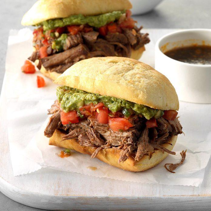 Machaca Beef Dip Sandwiches Exps Scbz18 158049 C07 10 1b 4