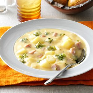 Makeover Cheesy Ham 'N' Potato Soup