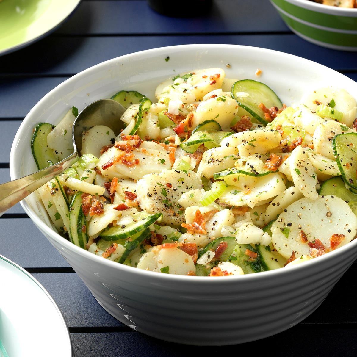 Mama S Warm German Potato Salad Exps Thjj17 164559 D02 03 4b 4