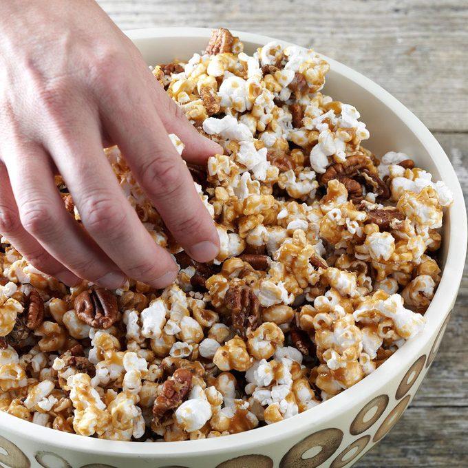 Maple Crunch Popcorn Exps49262 Cx2376979a09 14 6b Rmspg 2