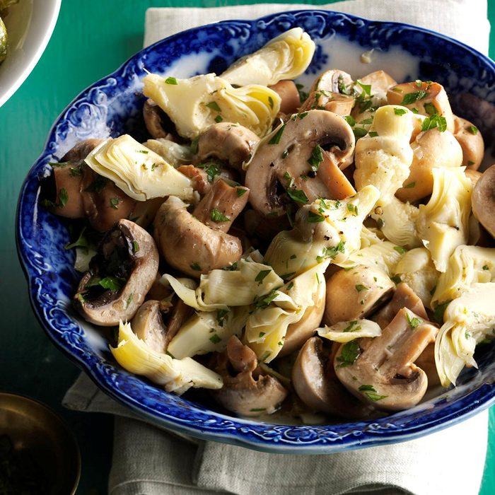 Marinated Mushrooms Artichokes Exps Sdon16 142591 C06 07 4b 5
