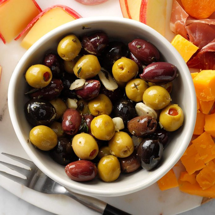 Marinated Olives Exps Tohdj20 22579 B08 06 10b 2
