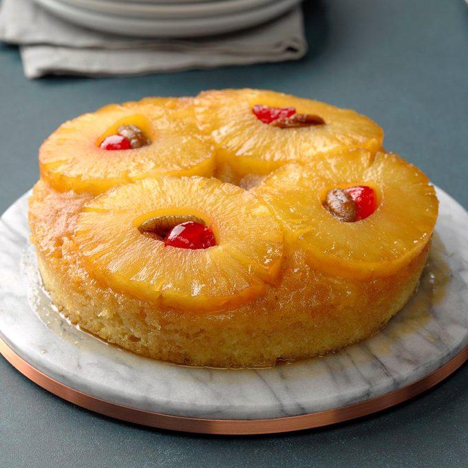 Mini Pineapple Upside Down Cake Exps Tohcom19 26093 B10 04 3b 3