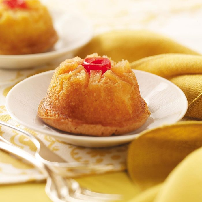 Mini Pineapple Upside Down Cakes Exps29077 W101973175a05 13 1bc Rms