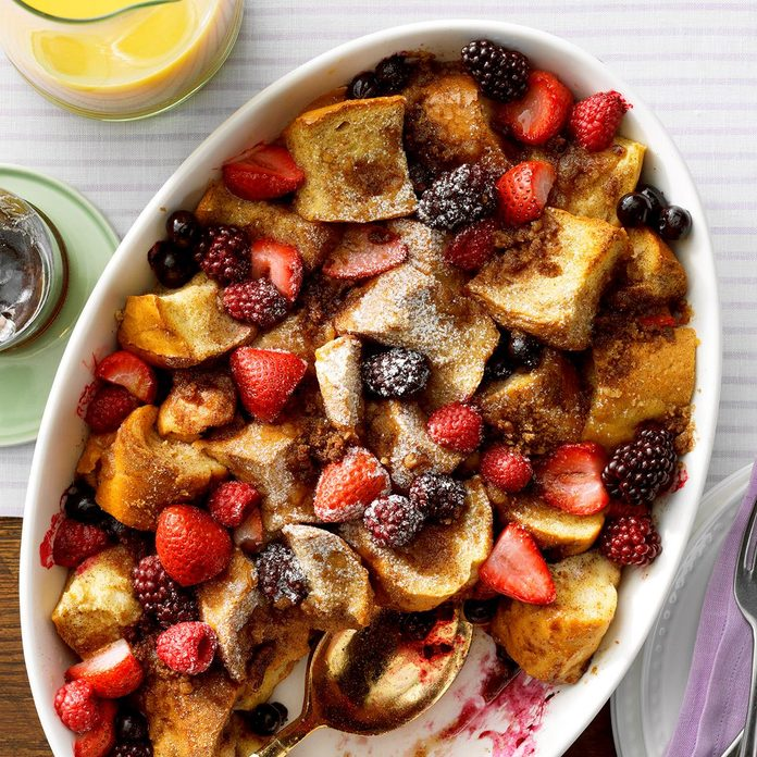 Mixed Berry French Toast Bake Exps Bmmz20 32343 E10 22 2b 7