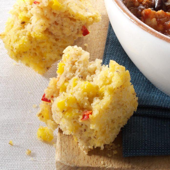 Moist Red Pepper Corn Bread Exps116088 Thhc2238741b08 30 4b Rms 3