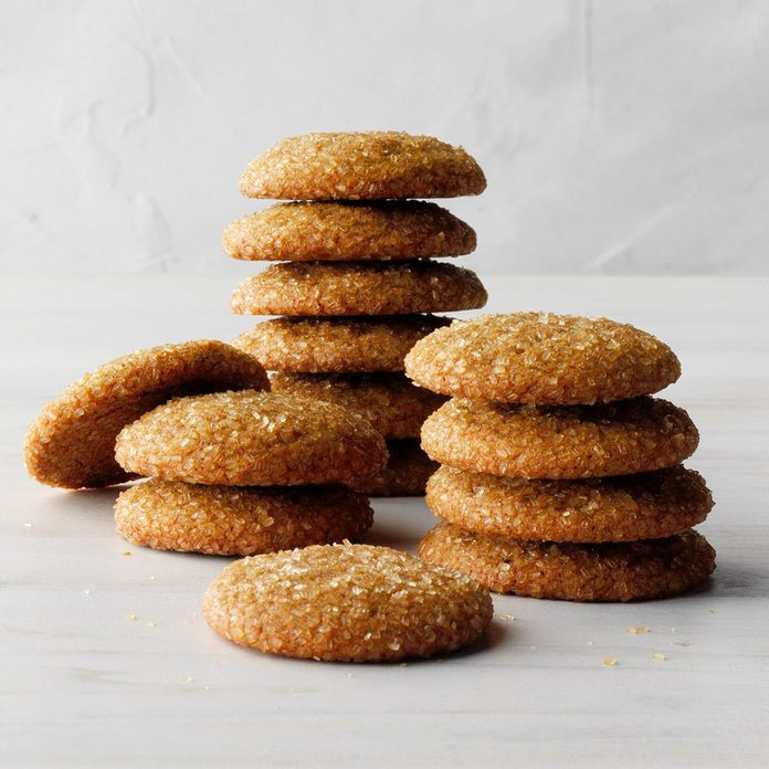 Molasses Cookies With A Kick Exps Hca19 49903 E06 08 2b 2
