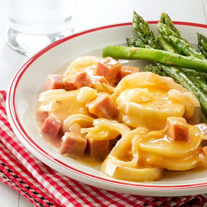 Mom S Scalloped Potatoes And Ham Exps49710 Sd2856494c12 05 1bc Rms 2