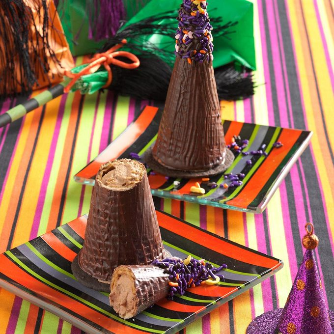 Mousse Filled Witches Hats Exps26644 Uh2464847b03 12 3bc Rms