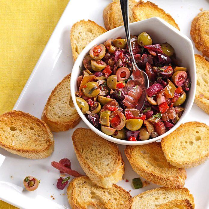 Muffuletta Olive Salad Exps165630 Th2379807b11 02 5b Rms 3