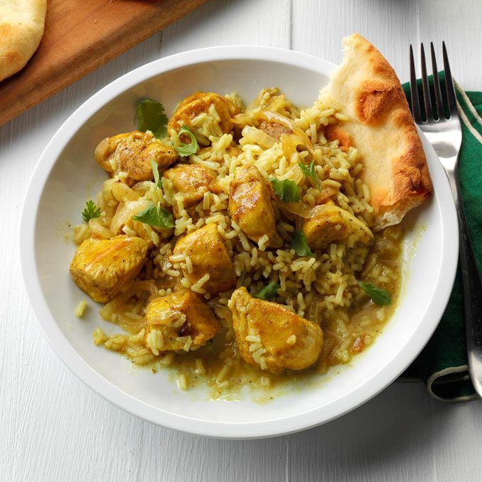 One Pan Chicken Rice Curry Exps Sddj17 194862 B08 04 5b 5