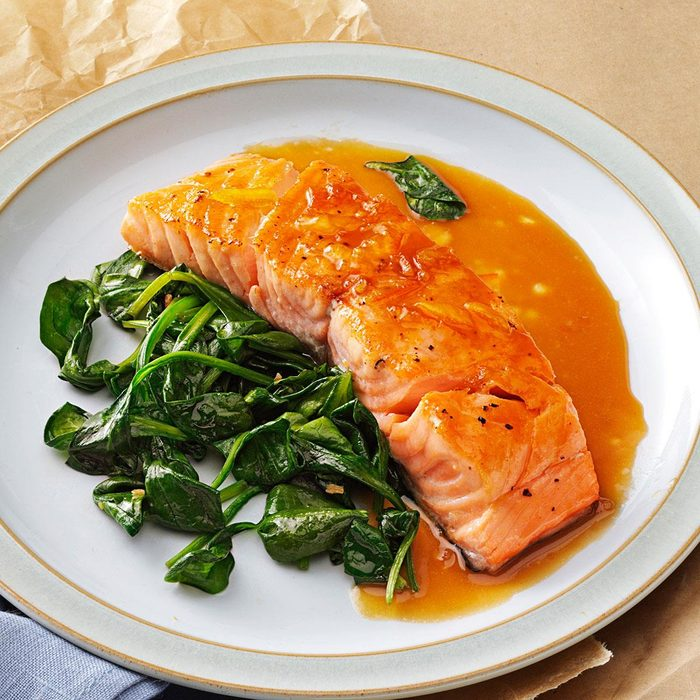 Orange Salmon With Sauteed Spinach Exps139881 Thhc2377560b02 28 5bc Rms 2