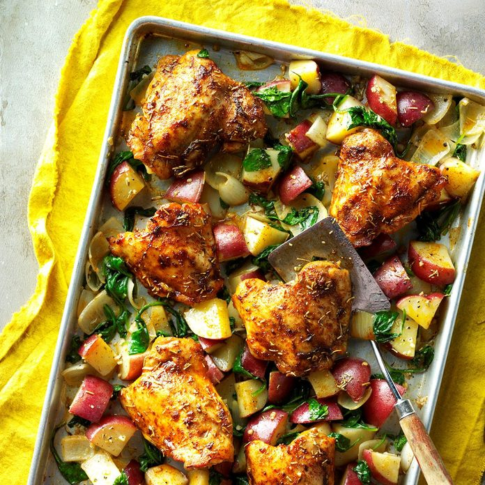Pan Roasted Chicken And Vegetables Exps Hrbz16 134862 D09 15 1b 10