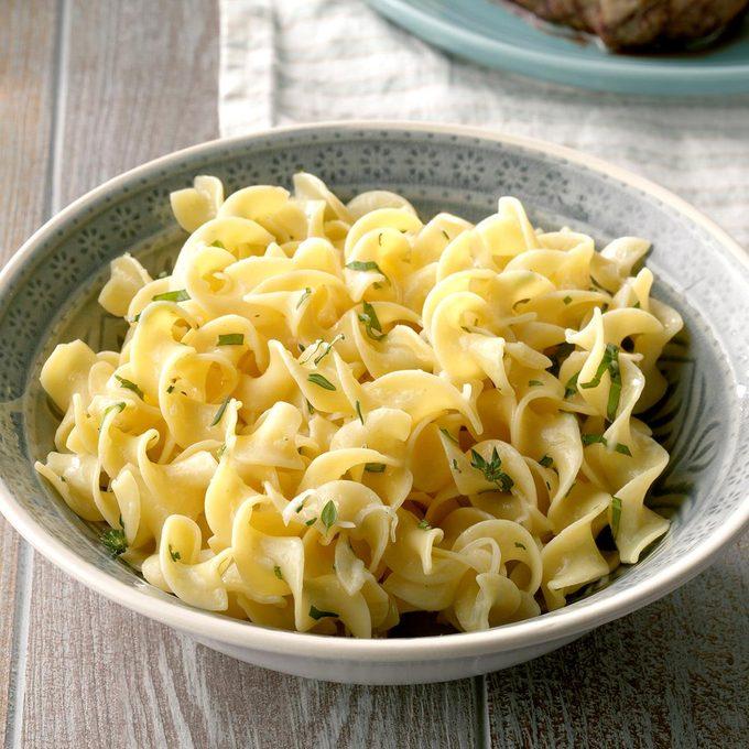 Parmesan Herbed Noodles Exps Cf2bz20 27889 B11 15 3b 5