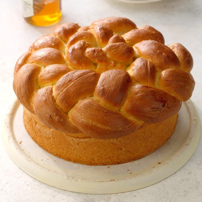 Paska Easter Bread Exps Dai19 29708 B03 22 1b 3