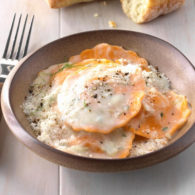 Pasta With Creamy Fennel Sauce Exps Tham18 208682 C11 14 6b 8