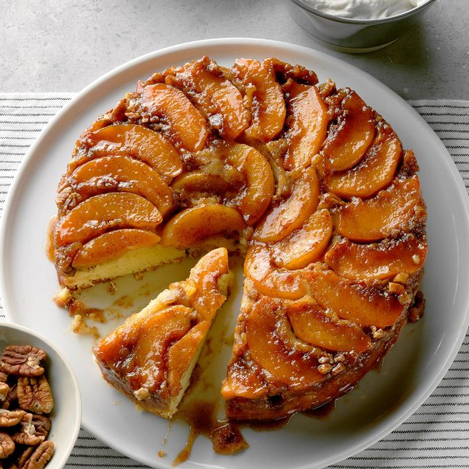 Peach Praline Upside Down Cake Exps Cimzs20 129235 B12 17 2b