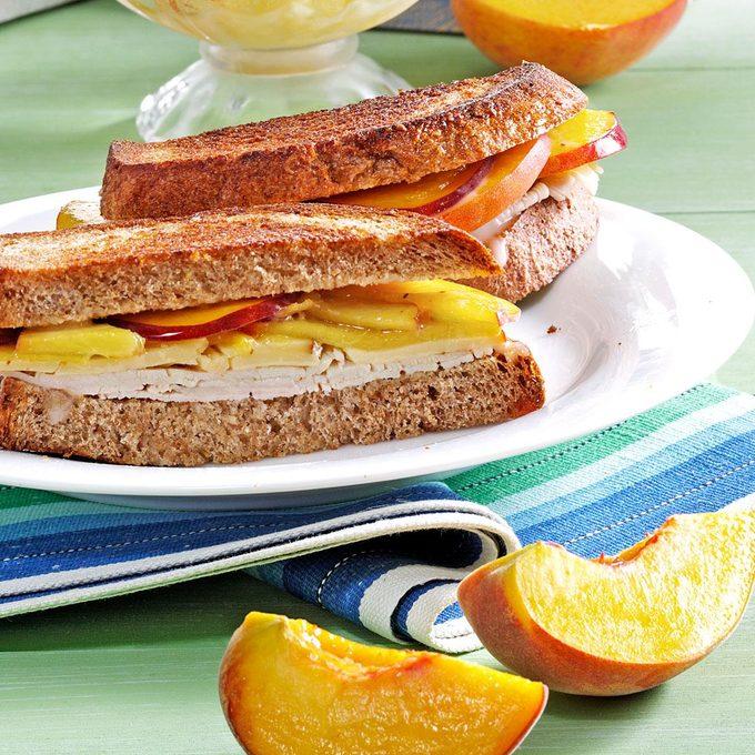Peach Turkey Sandwiches Exps103391 Thhc2377563b05 01 5b Rms