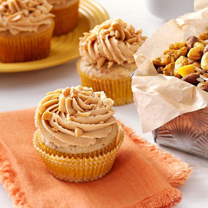 Peanut Banana Cupcakes Exps135464 Cw2235111c05 17 3bc Rms 4