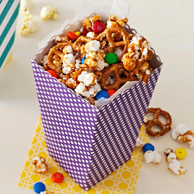 Peanut Butter Lover S Popcorn Exps163726 Sd2401789c08 13 1b Rms