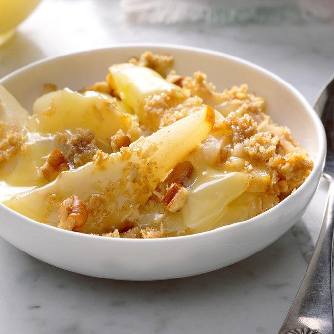 Pear Pecan Crisp With Lemon Sauce Exps Ugfbmz17 34289 B05 04 5b 2