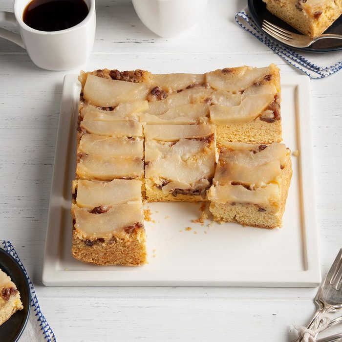 Pear Upside Down Cake Exps Ft20 31964 F 1013 1 1