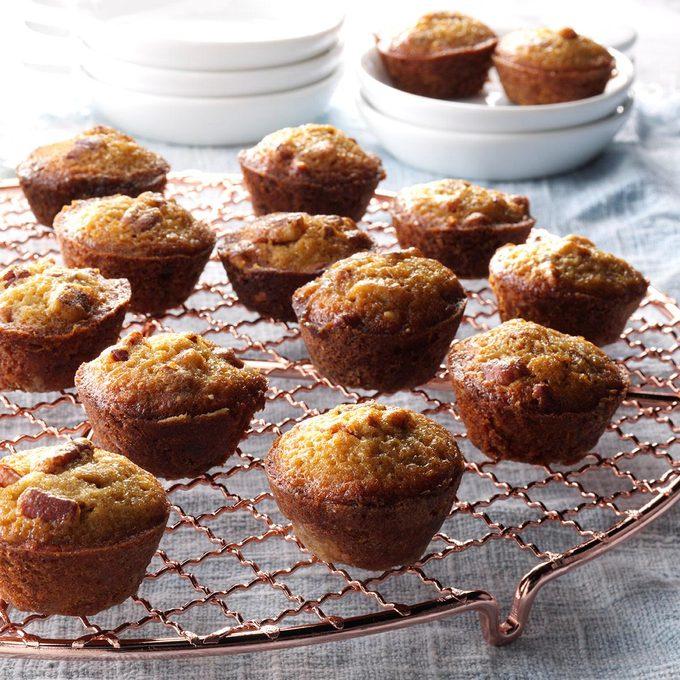 Pecan Pie Mini Muffins Exps Bbbz16 7644 07a 08 4b 4