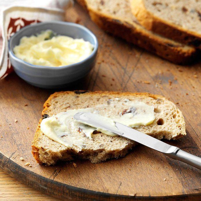 Pecan Raisin Bread Exps35033 Fm143298b03 06 4bc Rms 3