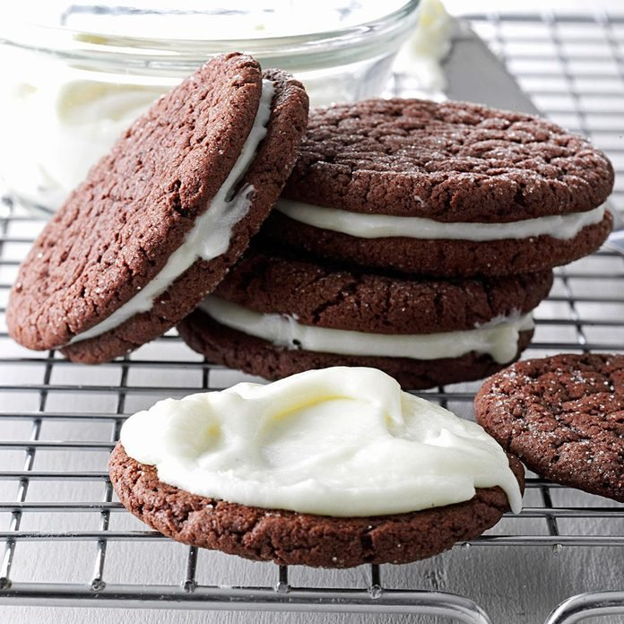 Peppermint Patty Sandwich Cookies
