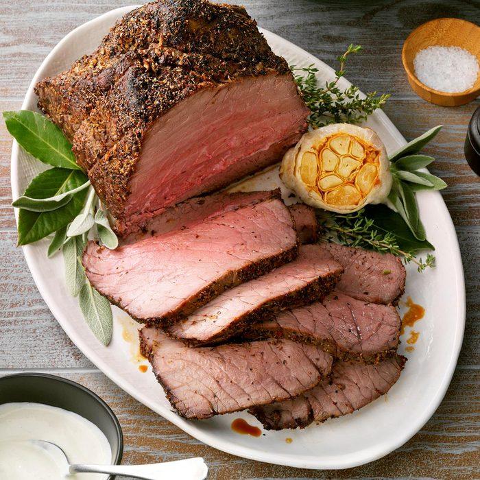 Peppery Roast Beef Exps Tohca20 31448 B07 24 6b 9