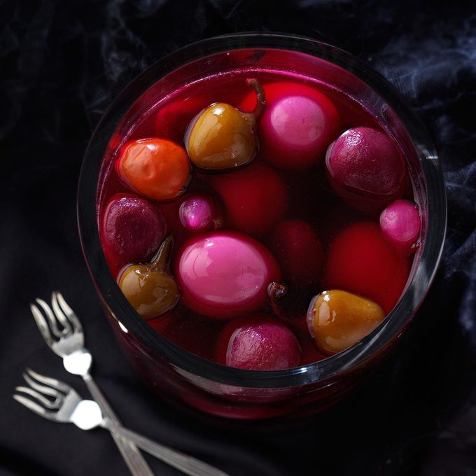 Pickled Eggs With Beets And Hot Cherry Peppers Exps50184 Hca2081250d10 21 5b Rms 3