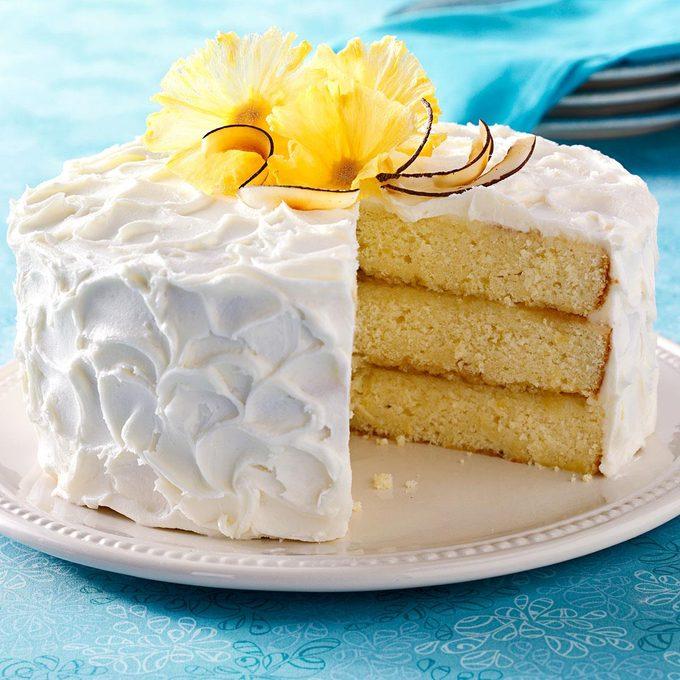 Pina Colada Cake Exps118122 Thcb2302822a02 17 6bc Rms 1