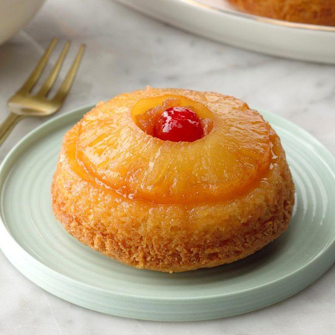 Pineapple Upside Down Cupcakes Exps Tohcom19 36514 B10 04 7b 4