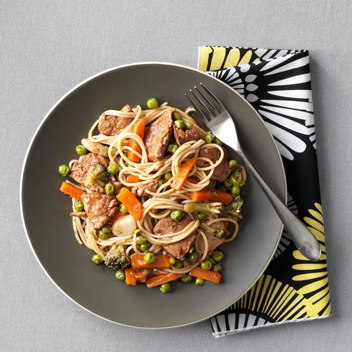 Pork And Vegetable Lo Mein Exps163575 Sd2401791a10 17 1b Rms 7