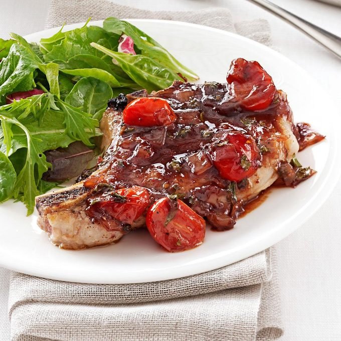 Pork With Strawberry Port Sauce Exps150446 Sd2847494c02 12 2bc Rms